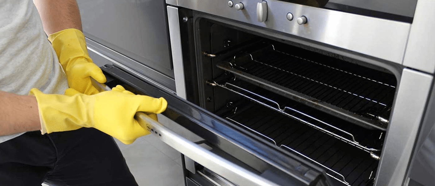 Get a Free oven cleaning when booking end of tenancy for more than £100